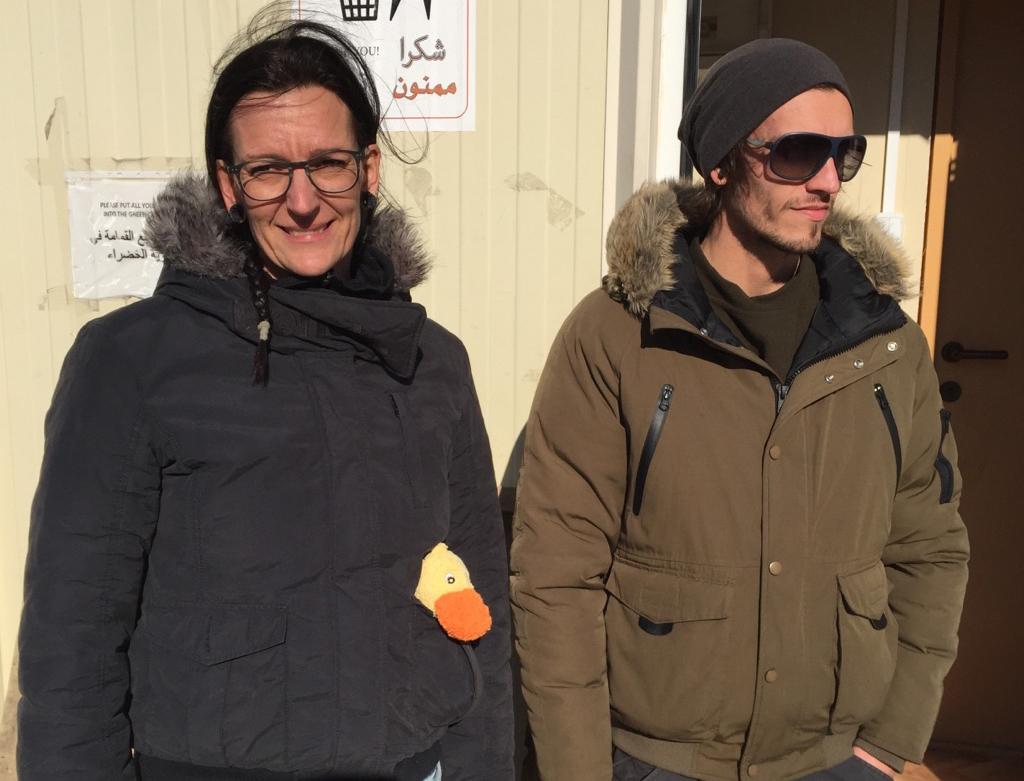 Svenska volontärer Nalin o Christoffer Samos red